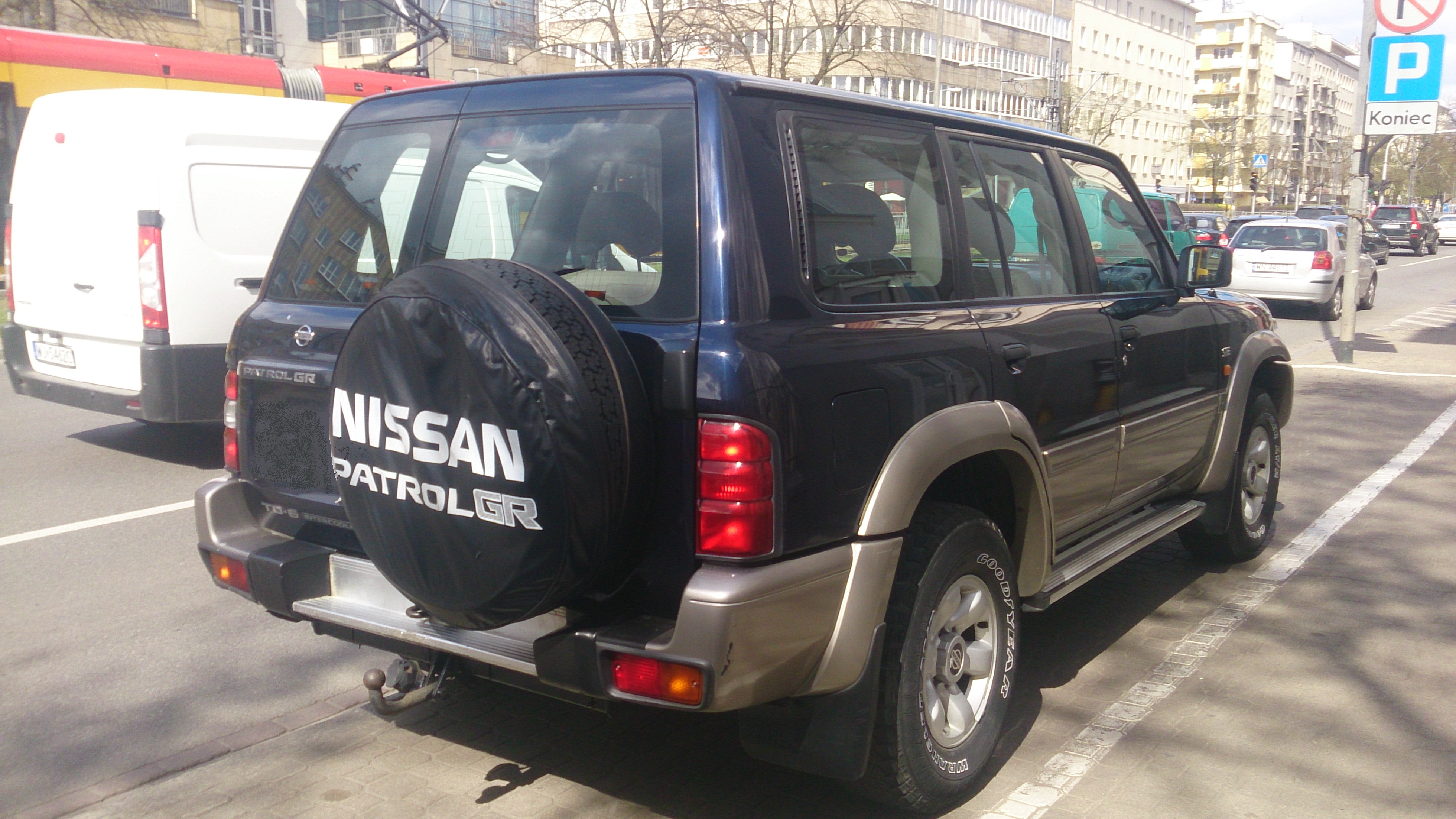 NISSAN Patrol Y61 2.8Di